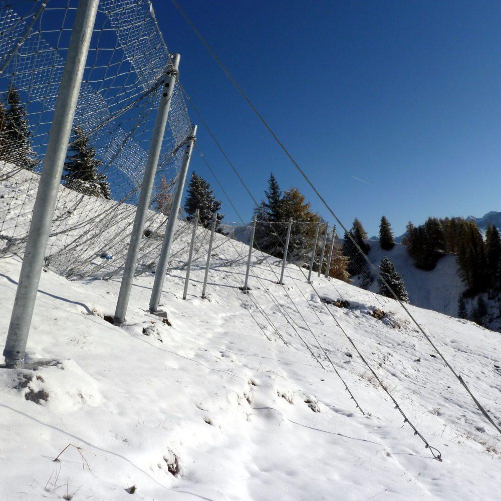 Reti da neve per la difesa dal rischio valanghivo pista Arabba